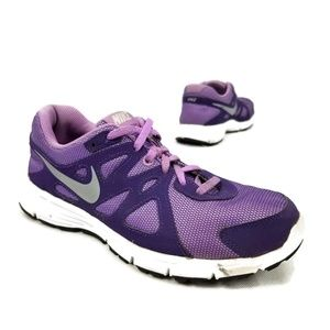 Nike Revolution 2 Running Shoes Size 7 Y